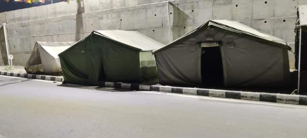 नेपाली सेनाले सानो क्षमतामा सञ्चालन गरेको काकरभिट्टाको होल्डिङ सेन्टर । फाइल तस्वीर ।