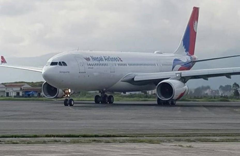 चीनबाट अक्सिजन सिलिन्डर ल्याउन नेपाल एयरलाइन्सको जहाज आज बेइजिङ जाँदै